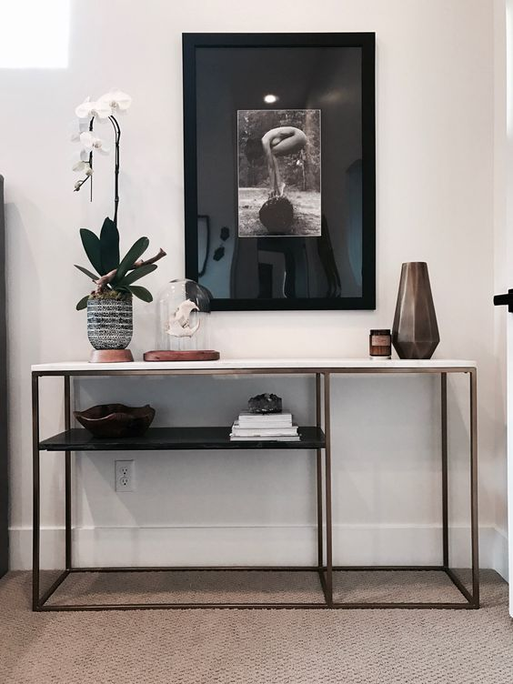 Styling console tables with layering