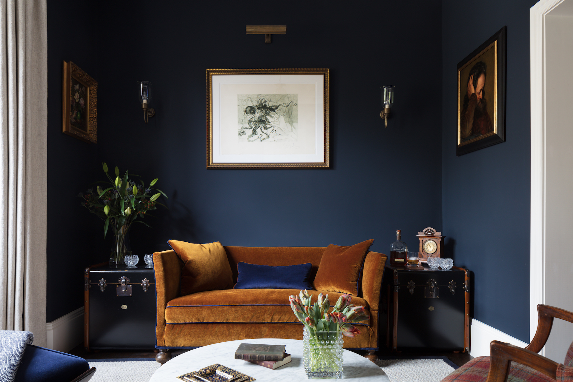 Being Bold: Dark Interiors